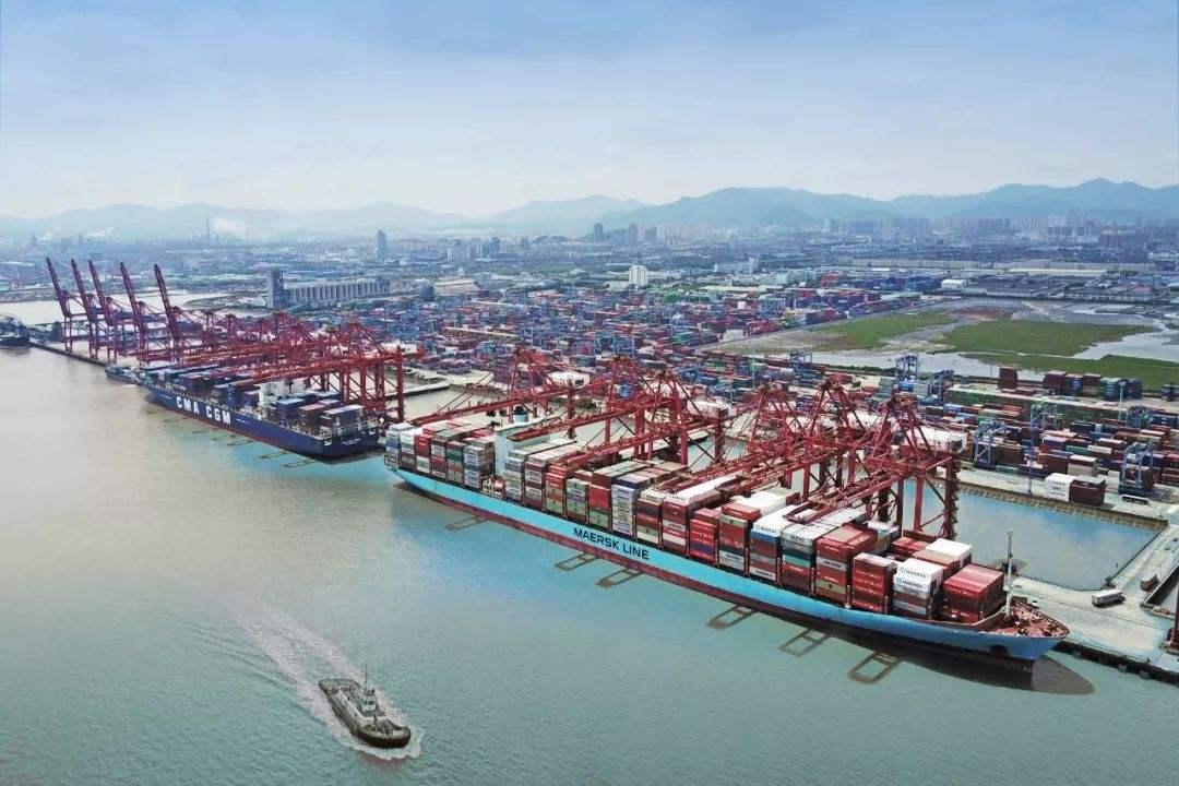 逐浪前行 世界第一大港是这样炼成的